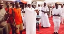 Oba of Benin dances 'Shaku Shaku'