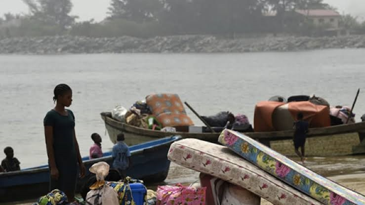 Evicted residents of Takwa Bay [Photo: Guardian.ng]