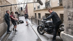 Left to right: Director Christopher McQuarrie, B Camera/Steadicam Operator Marcus Pohlus