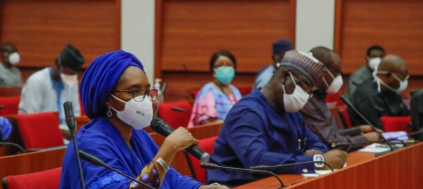 Minister of Finance,Zainab Ahmed and her team in a meeting with the leadership of the National Assembly,to discuss ways of addressing the impact of the pandemic.