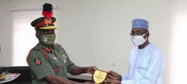 NITDA Director General, Kashifu Inuwa Abdullahi and the Commandant of the Nigeria Defence Academy (NDA), Jamilu Sarharm when the latter paid a visit to NITDA during the week.