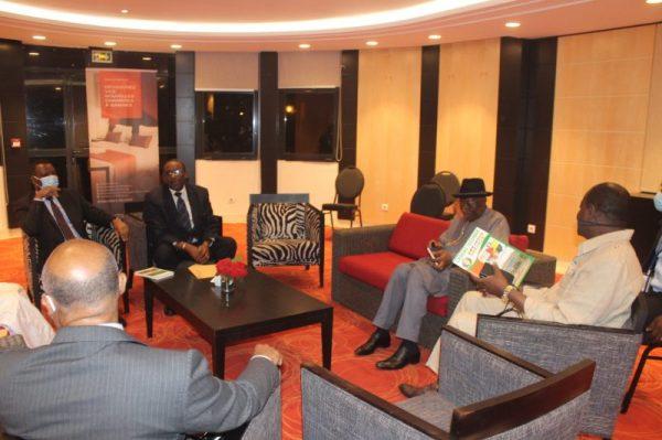 Goodluck Jonathan in Mali for peace talks [PHOTO: TW: @GEJonathan]