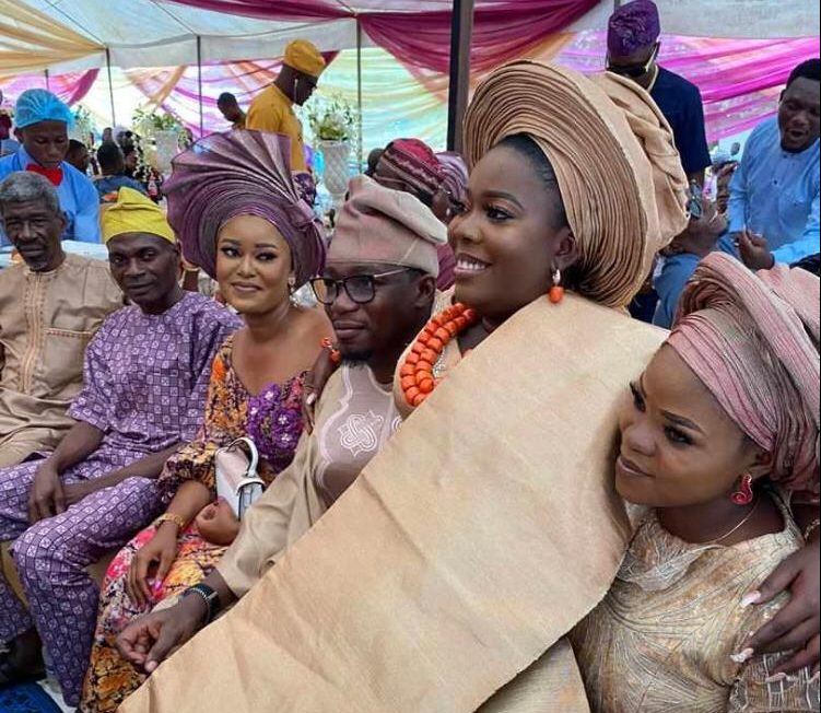 PREMIUM TIMES' journalist ties the knot with sweetheart