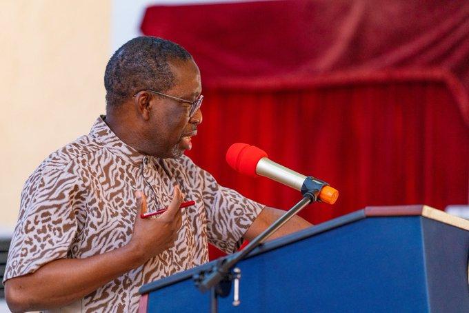 Gov. Ifeanyi Arthur Okowa of Delta State [PHOTO CREDIT: @IAOkowa]
