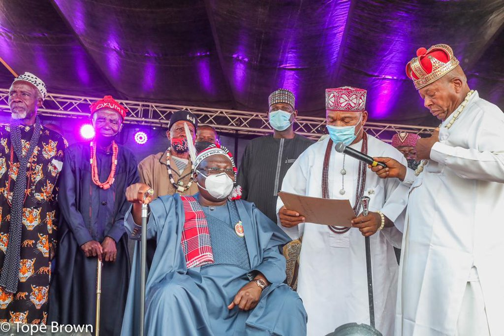 The Igbere Clan Council of Ndi Eze in Abia State honoured Mr Lawan with the High Chief title of Nwannedinamba 1 (our number one Brother in Diaspora) and as a member of Ezumezu Circle of Igbere Ebiri in the state.