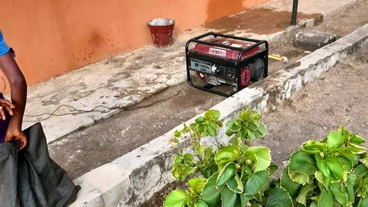 Generator enrolees are forced to fuel at Parakin NIMC office
