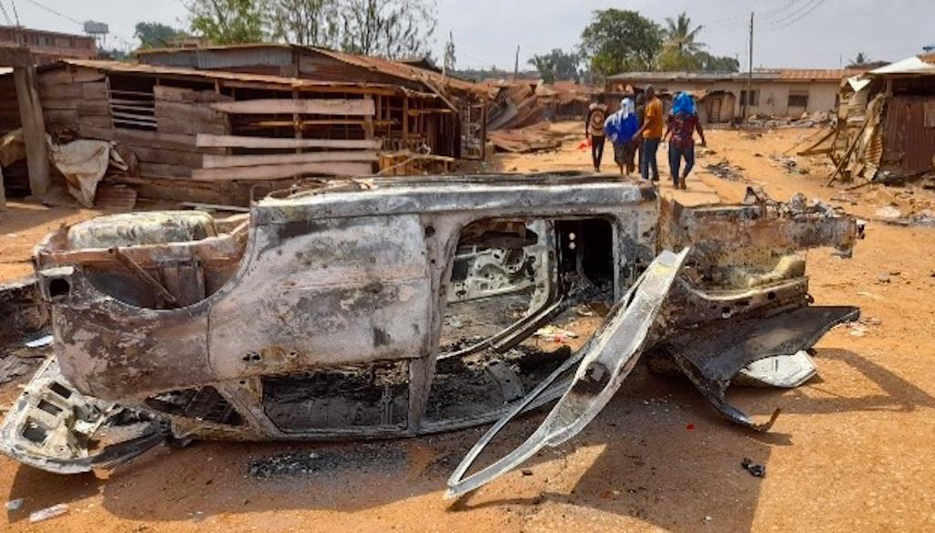 Another burnt vehicle during Sasha crisis 1