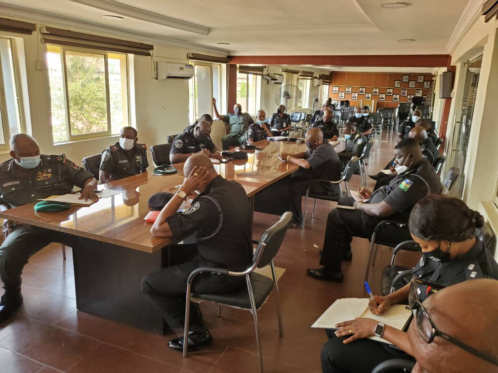 Police Commanders holding a meering with the Commissioner of Police.