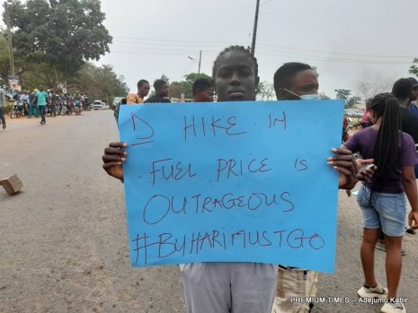 OAU students protest the federal government's fuel price hike