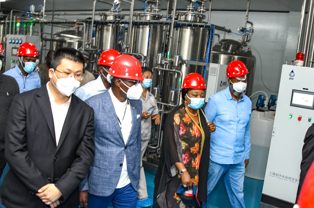 L-R: Vice President of Longrich Group & C.E.O, Longrich International Market, Mr. Alex Jia; Lagos State Governor, Mr. Babajide Sanwo-Olu; Commissioner for Commerce, Industry & Cooperatives, Dr. (Mrs) Lola Akande and Deputy Managing Director, Lekki Free Zone Development Company (LFZDC), Mr. Gboyega Balogun during the Governor's working visit to Longrich and Colori Lekki Manufacture at the Lekki Free Trade Zone, Ibeju-Lekki, on Saturday, March 20, 2021.