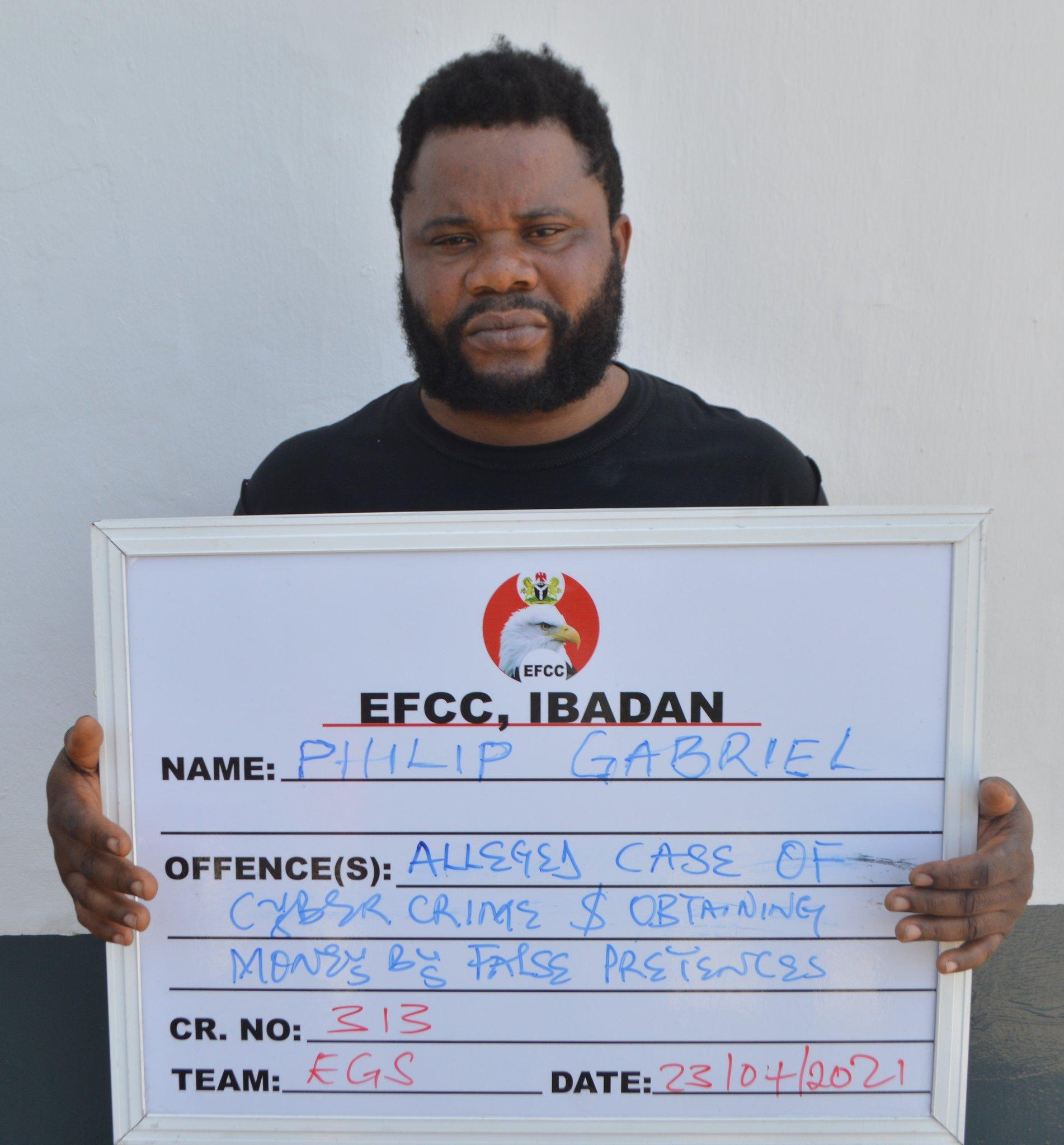 EFCC Arrest Bitcoin Vendor [PHOTO CREDIT: @officialEFCC]
