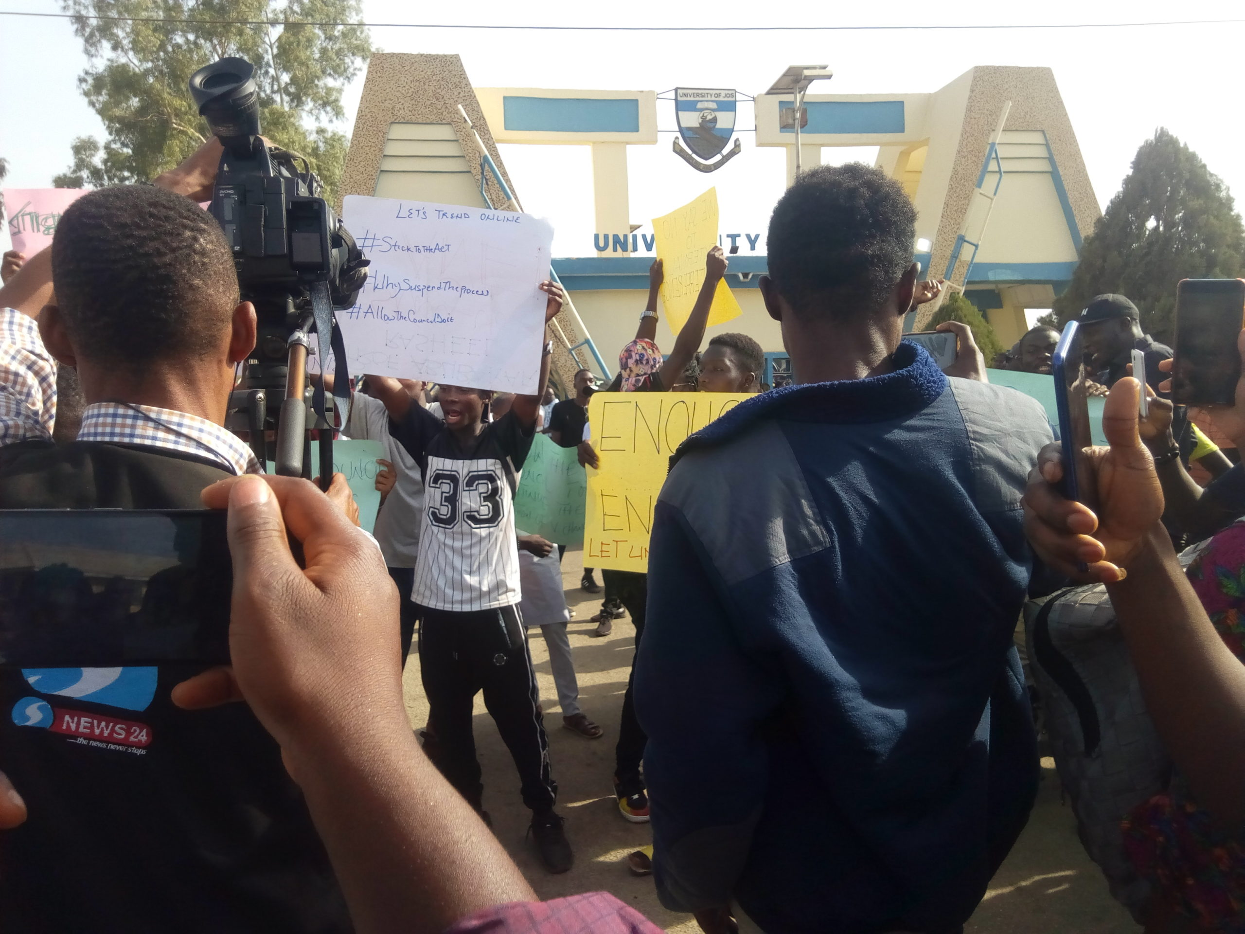UniJos students, staff protest 'NUC interference' in VC selection process
