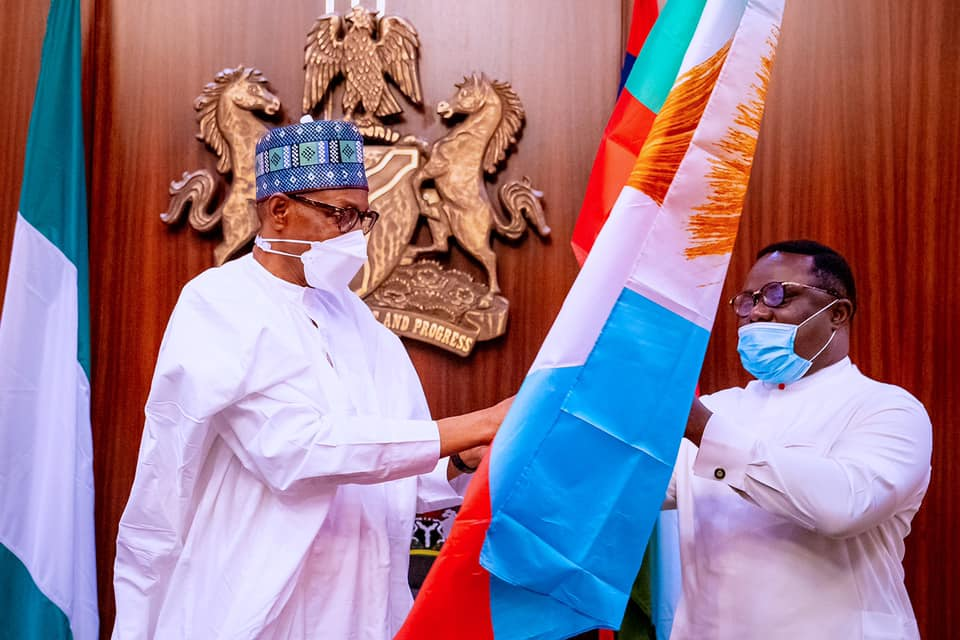 President Buhari receives with Governor Ben Ayade and Governor Bello Matawalle at the State House