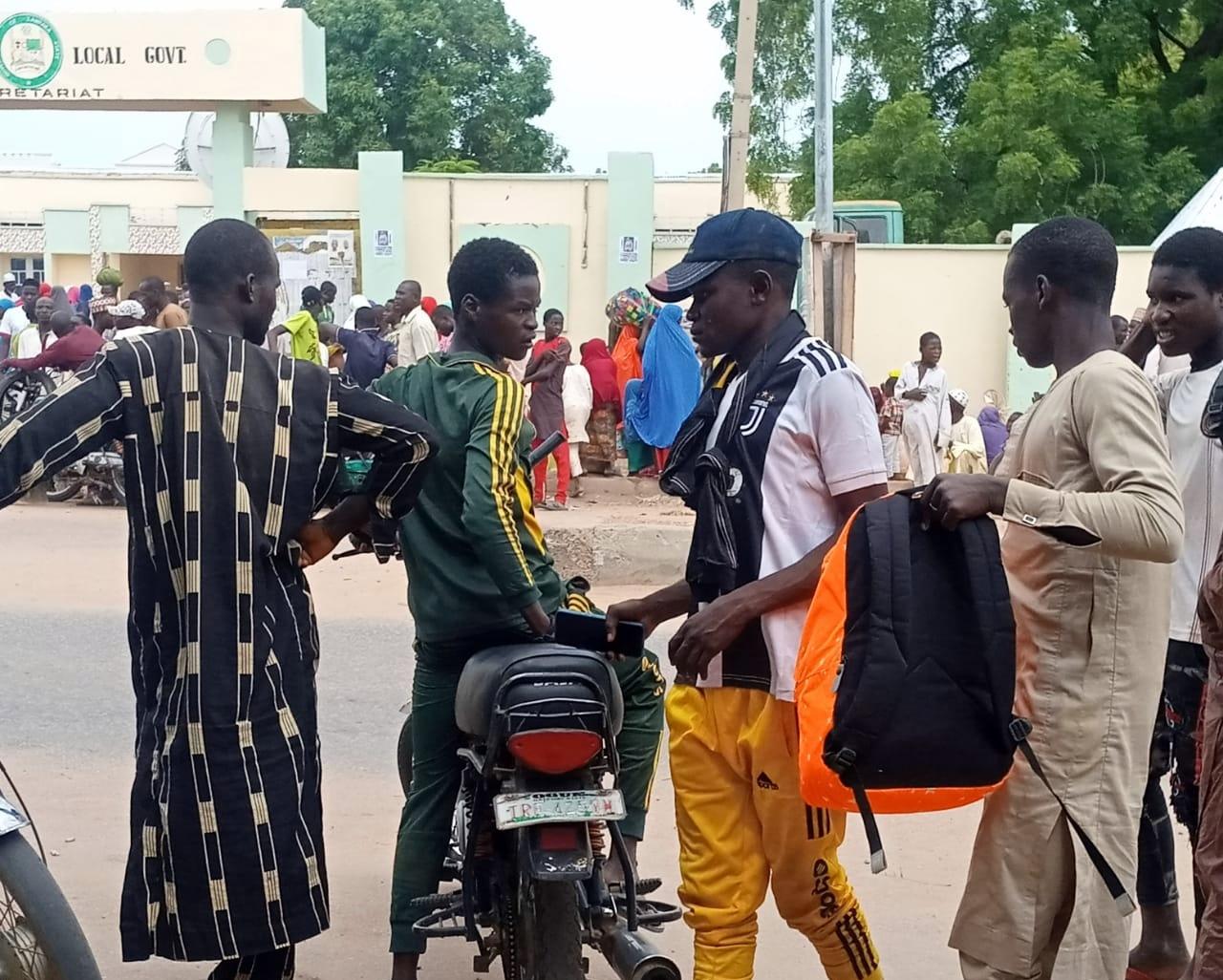 Displaced Zamfara villagers returning home.