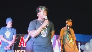 Nigerian singer, Juwonlo Illedare, popularly known as Jaywon, giving his tribute to Sound Sultan at the event.