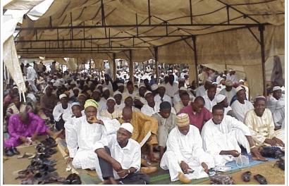 Nasfat members in congregation