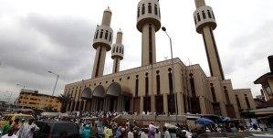 central_mosque_lagos_nigeria_454909220