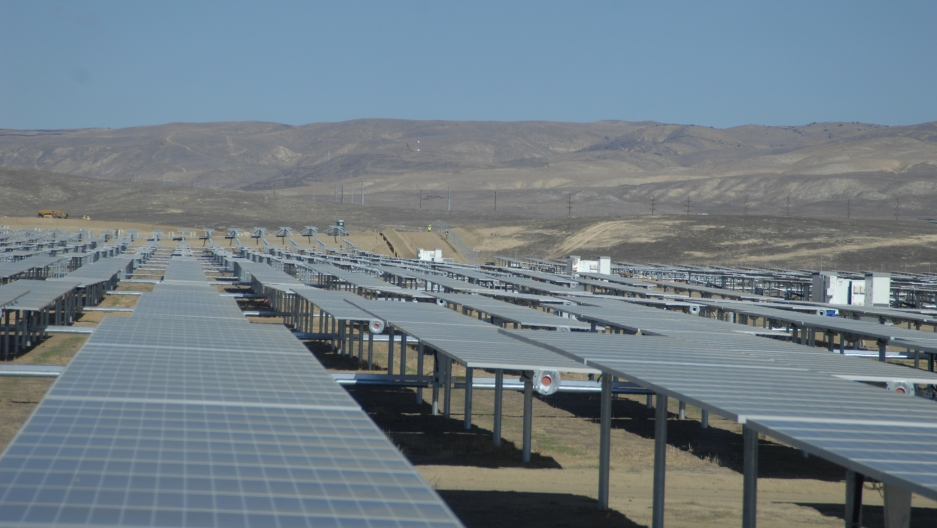 California S Electrical Grid Can T Handle All The Solar Energy The State Is Producing
