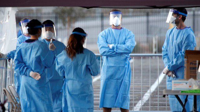 International doctors can help the US fight COVID-19. But can they ...