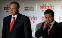 General Oscar Naranjo, and the president-elect, Enrique Peña Nieto.  Photo: Eduardo Miranda