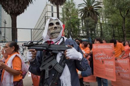 Activistas exigen a EU garantías para los migrantes. Foto: Octavio Gómez