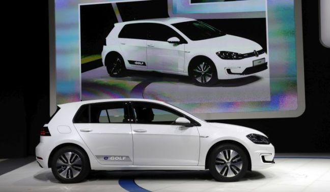 A white 2017 Volkswagen e-Golf electric car