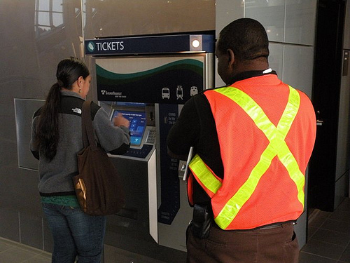 Monday morning saw troubles with Links new ticket vending machines.