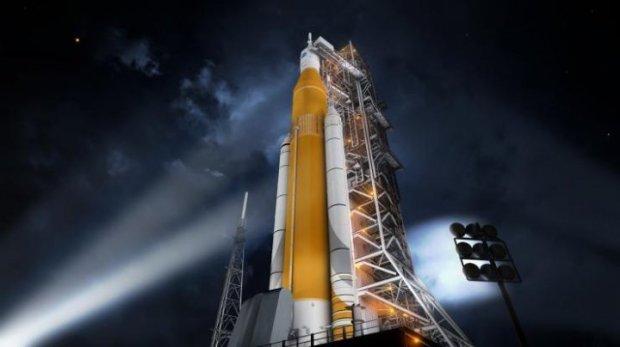 Пуск американской сверхтяжелой ракеты показали