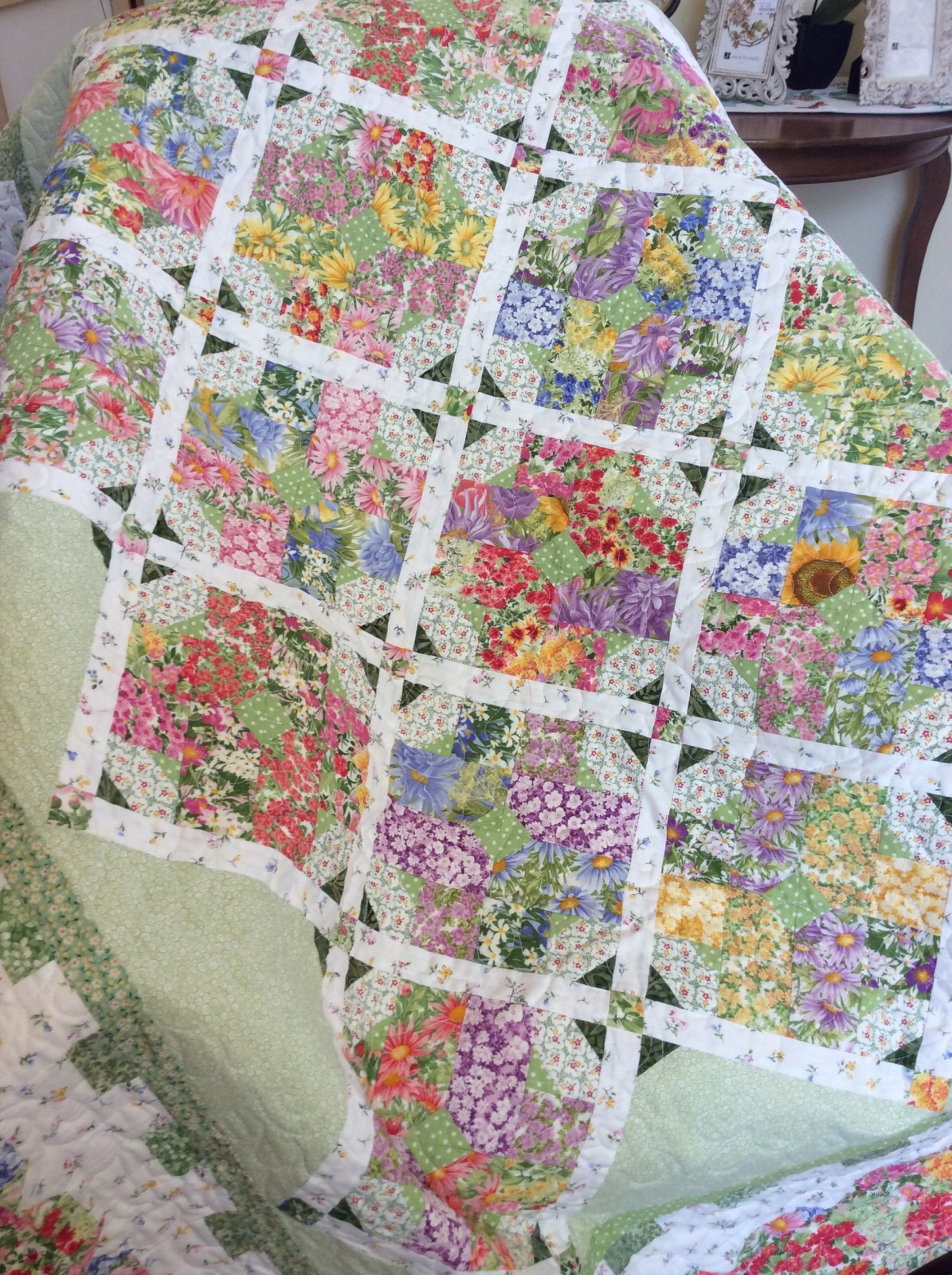 ladylike designs exclusive quilt