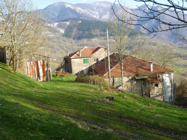 For sale Farmhouse Varese Ligure La Spezia Italy
