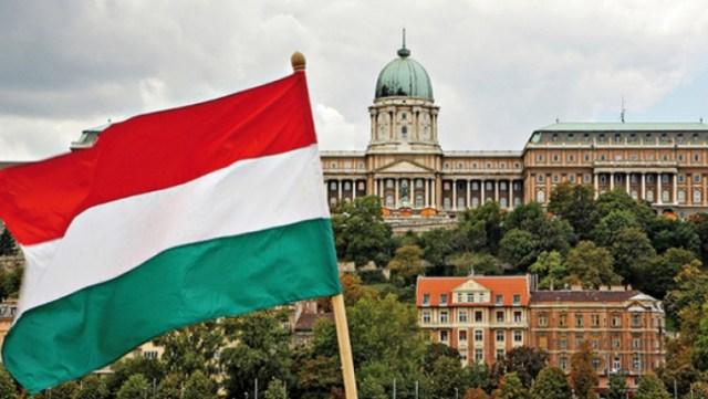 Ungaria intră, de marți noapte, în carantină parțială