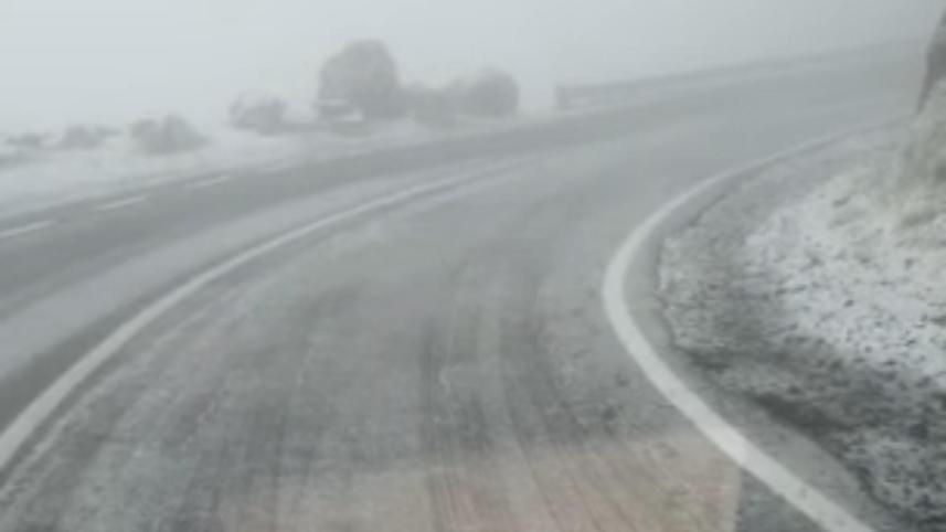 Transfăgărășan, prima ninsoare / Captură video Direcția Regională de Drumuri și Poduri Brașov