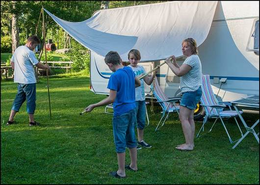 Några campingfanataster