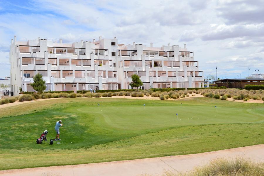 penthouse&golf3_resize