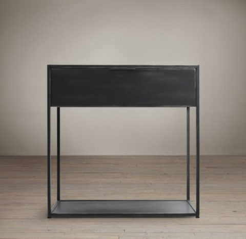 Gramercy 24 Side Table