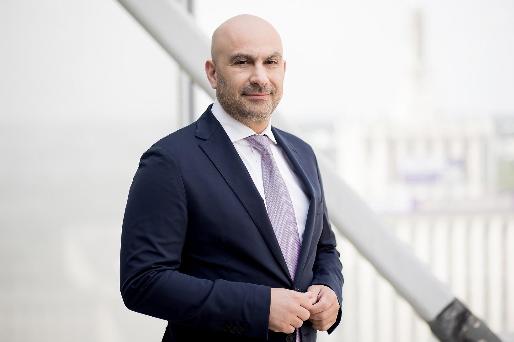 Alexander Jenbar - Telekom