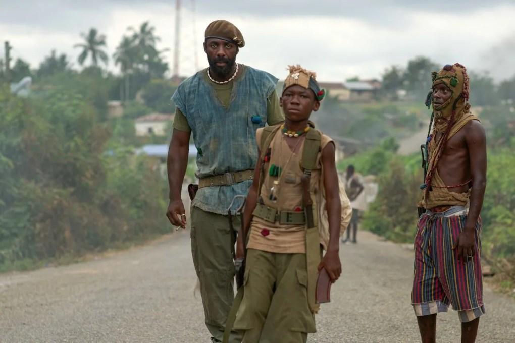 Puntuación en Rotten Tomatoes: 92%. Con esta inmersión de Cary Fukunaga en la pesadilla bélica del continente africano empezó todo. La primera peli original de Netflix, cuando esa frase estaba llena de promesas de futuro, tan grandes como lo que hace Idris Elba aquí con su personaje.