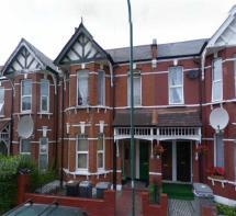 3 Bedroom Maisonette Rent In Temple Road Cricklewood