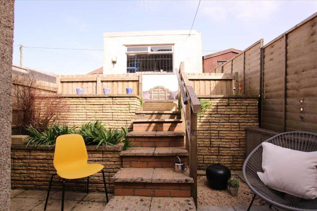 1 bedroom house share for rent in Syston Way. Kingswood. Bristol. BS15