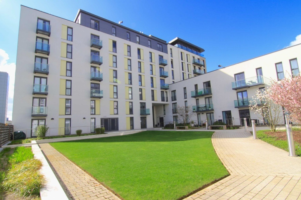 2 Bedroom Apartment For Sale In Hayes Apartments, The