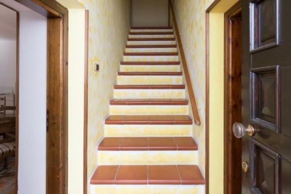 7 bedroom farm house for sale in Nizza Monferrato Asti