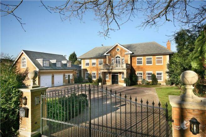 7 bedroom house to rent in Sunning Avenue Sunningdale Berkshire SL5 SL5
