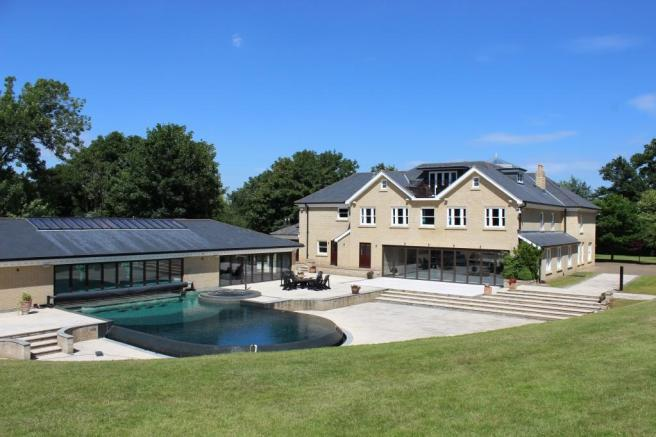 8 bedroom detached house for sale in Little Bealings