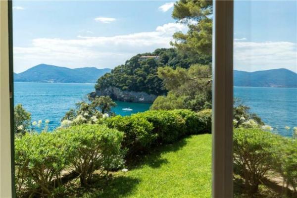 3 bedroom apartment for sale in Liguria La Spezia Italy