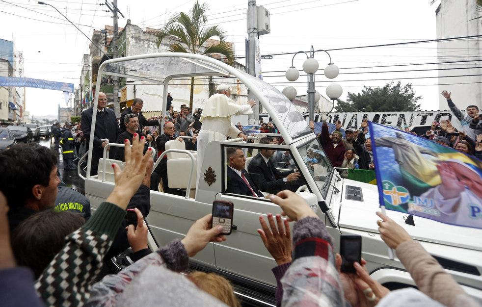 pope_brazil_06.jpg