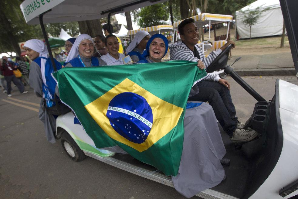 pope_brazil_20.jpg