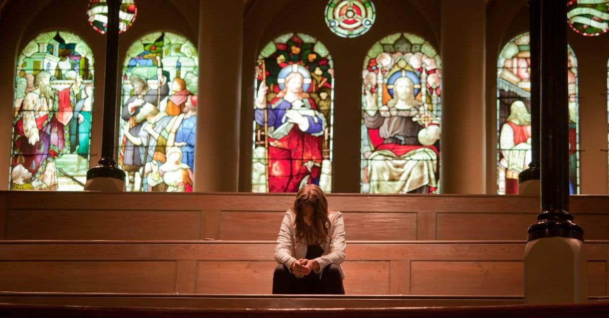 https://i0.wp.com/media.salemwebnetwork.com/cms/CW/Couples/singles/31792-woman-in-church-2-1200.1200w.tn.jpg