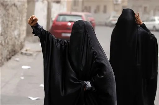 Bahrain sentences 8 Shiite activists to life  Saloncom