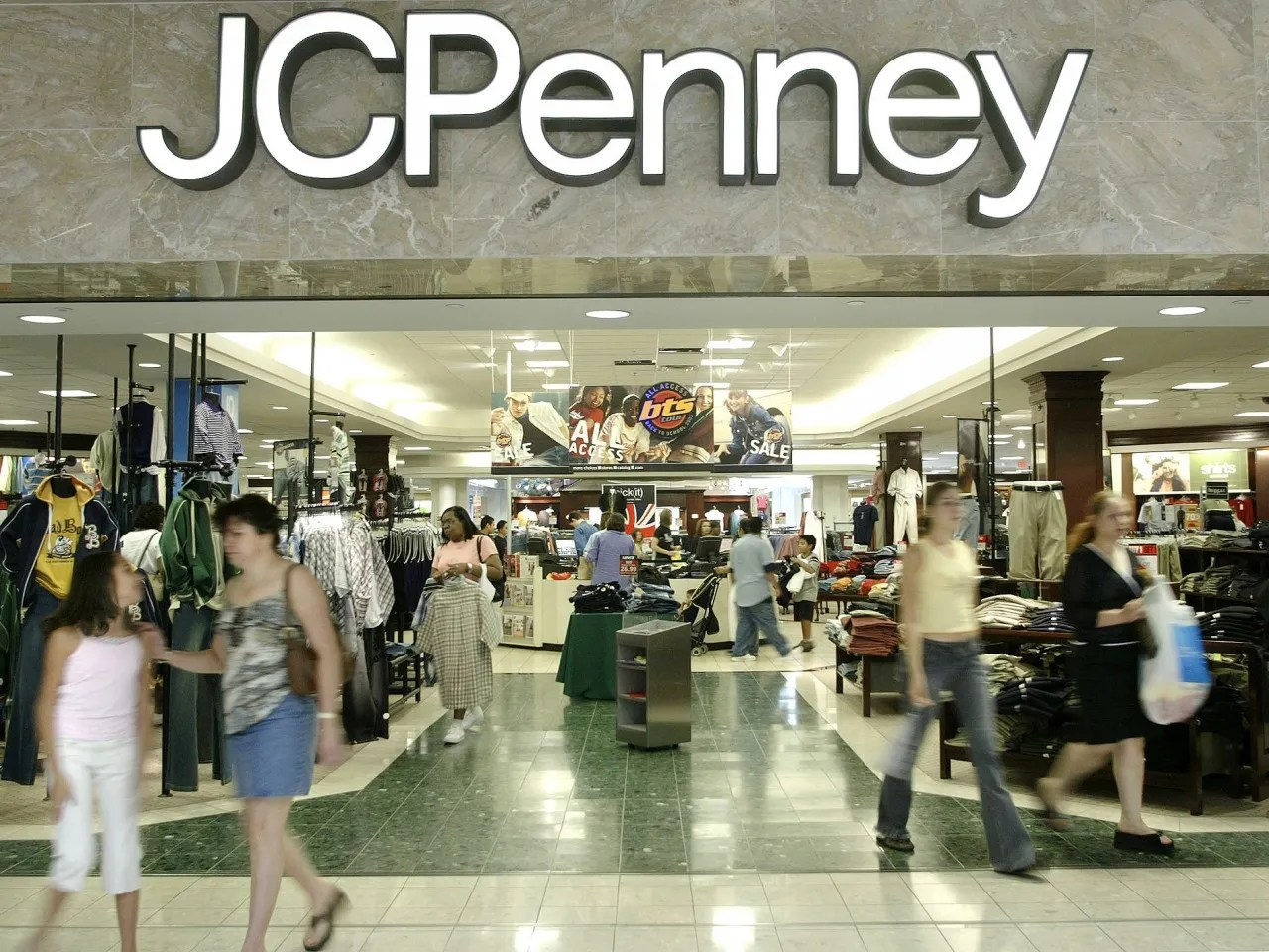 JC Penney turns to former CEO  Saloncom