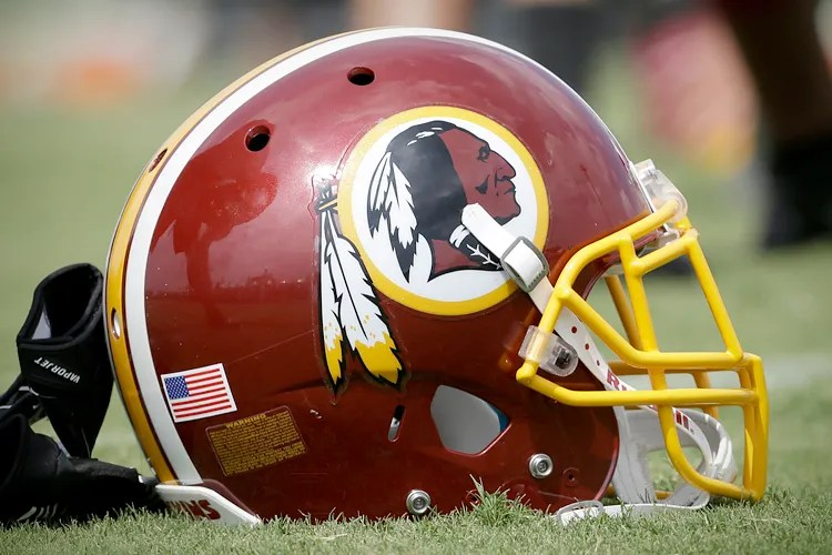 Redskins disastrous social media strategy Everyone come